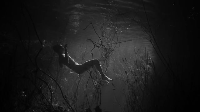 swimmer-lynne-ramsay