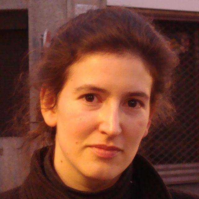 Mihal Brezis. La femme, la religion et la structure