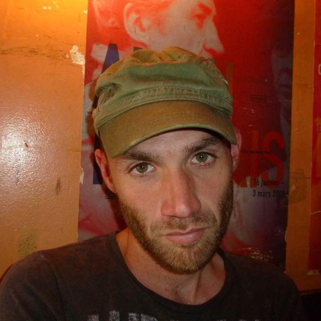 Frédéric Bayer-Azem : «Je ne conçois pas l'étape du tournage sans une part de danger et de confusion, autrement on s'ennuie»